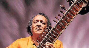 Pandit Ravi Shankar (Sitar Musicians)